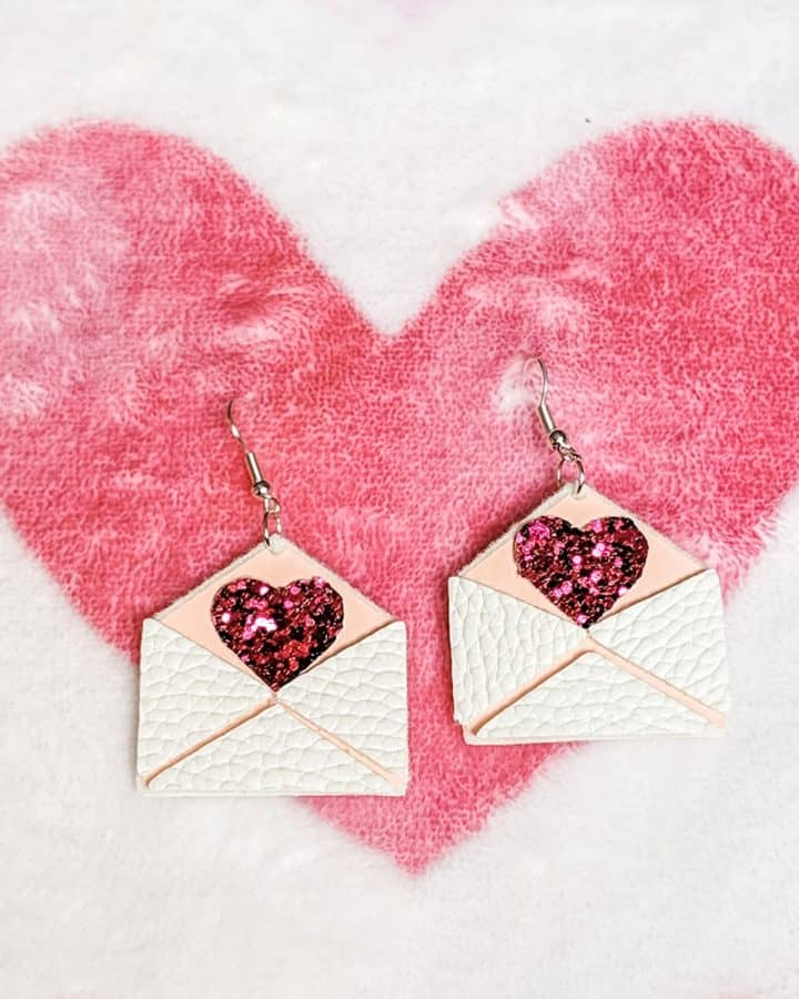 DIY Cricut love letter valentine earrings