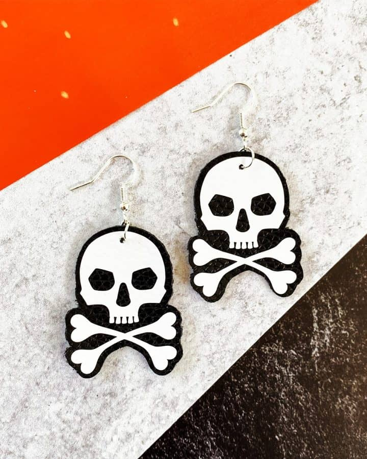 How to Make Halloween Skull Earrings with a Cricut