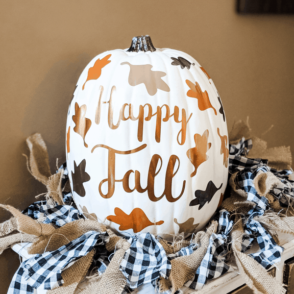 faux pumpkin with HTV leaves cricut project