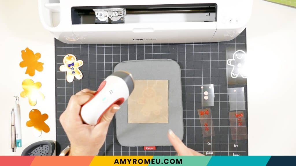 pressing vinyl to cardstock with easypress mini