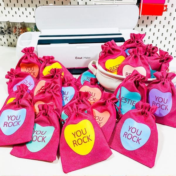 Candy Heart Valentine's Day Gift Bag Cricut DIY
