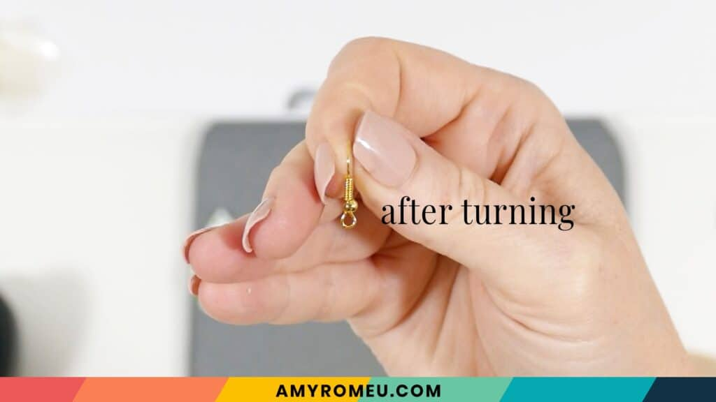 earring hook after turning 90 degrees