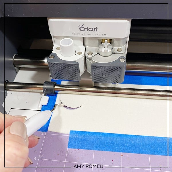 checking faux leather cutting mat on cricut maker