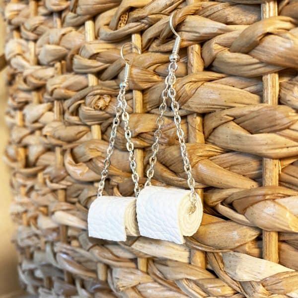 DIY toilet paper earrings